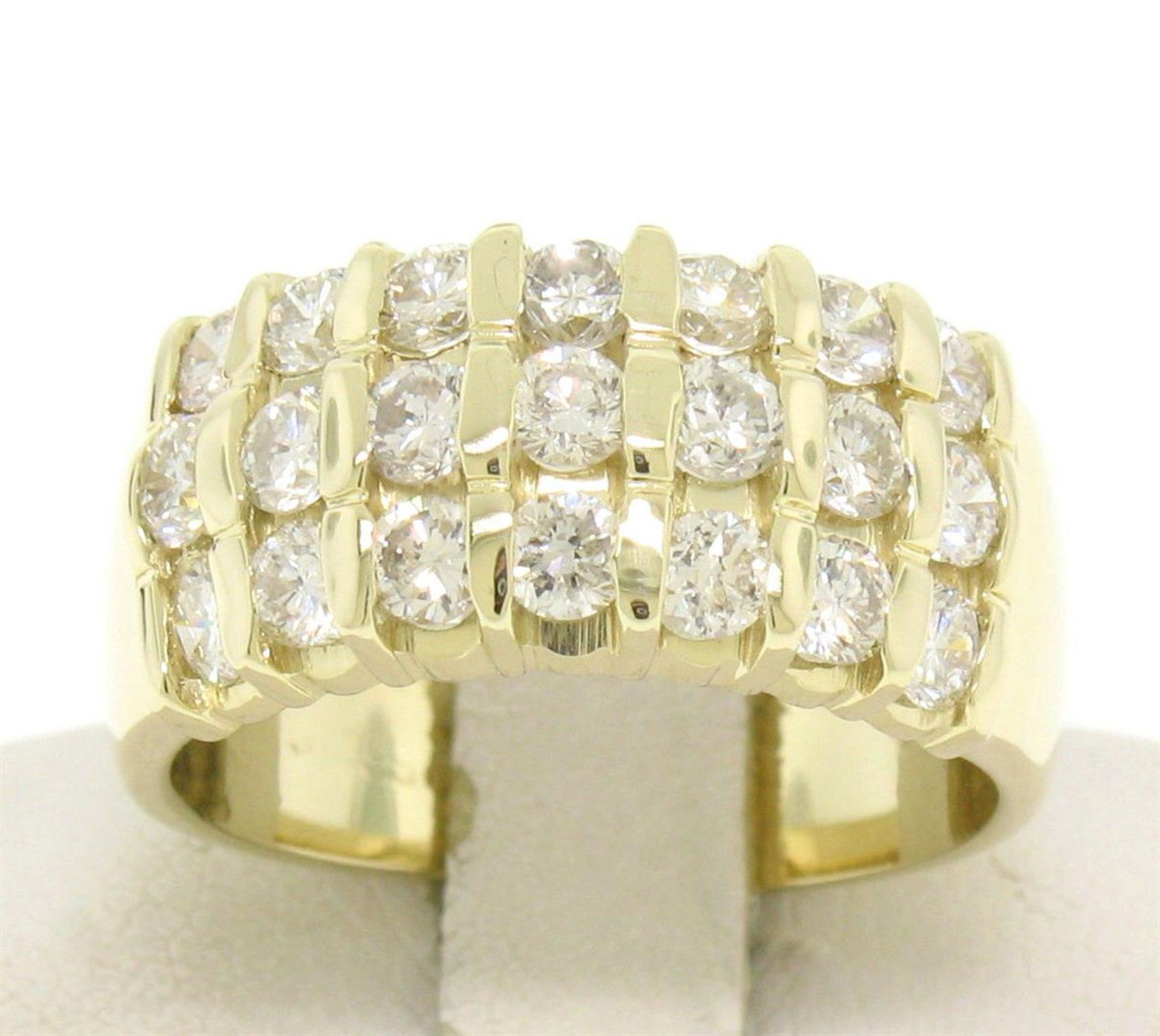 14kt Yellow Gold 1.48 ctw Bar Set Round Diamond Wide Band Ring - Image 2 of 7