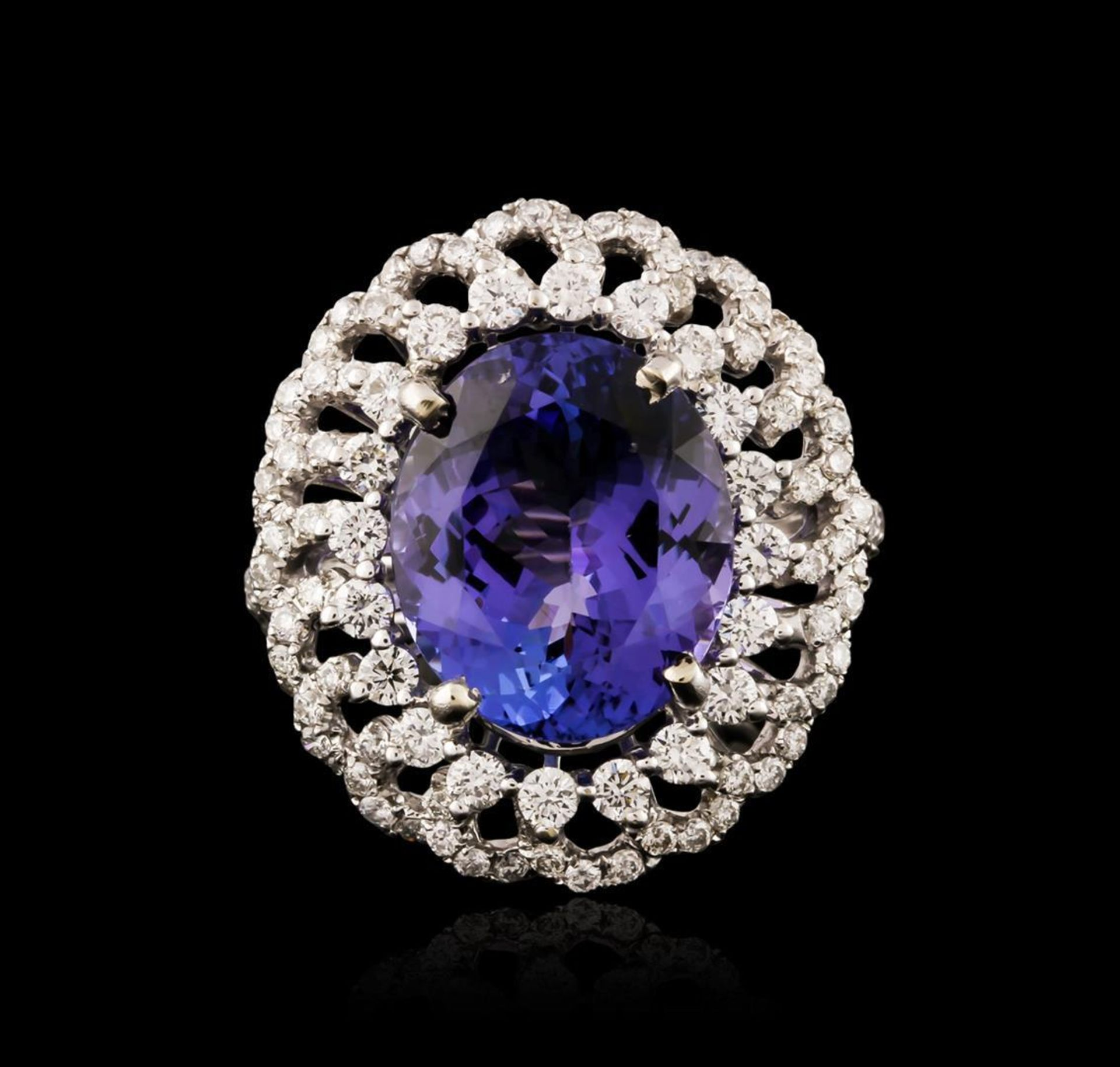 18KT White Gold 9.02 ctw Tanzanite and Diamond Ring - Image 2 of 3