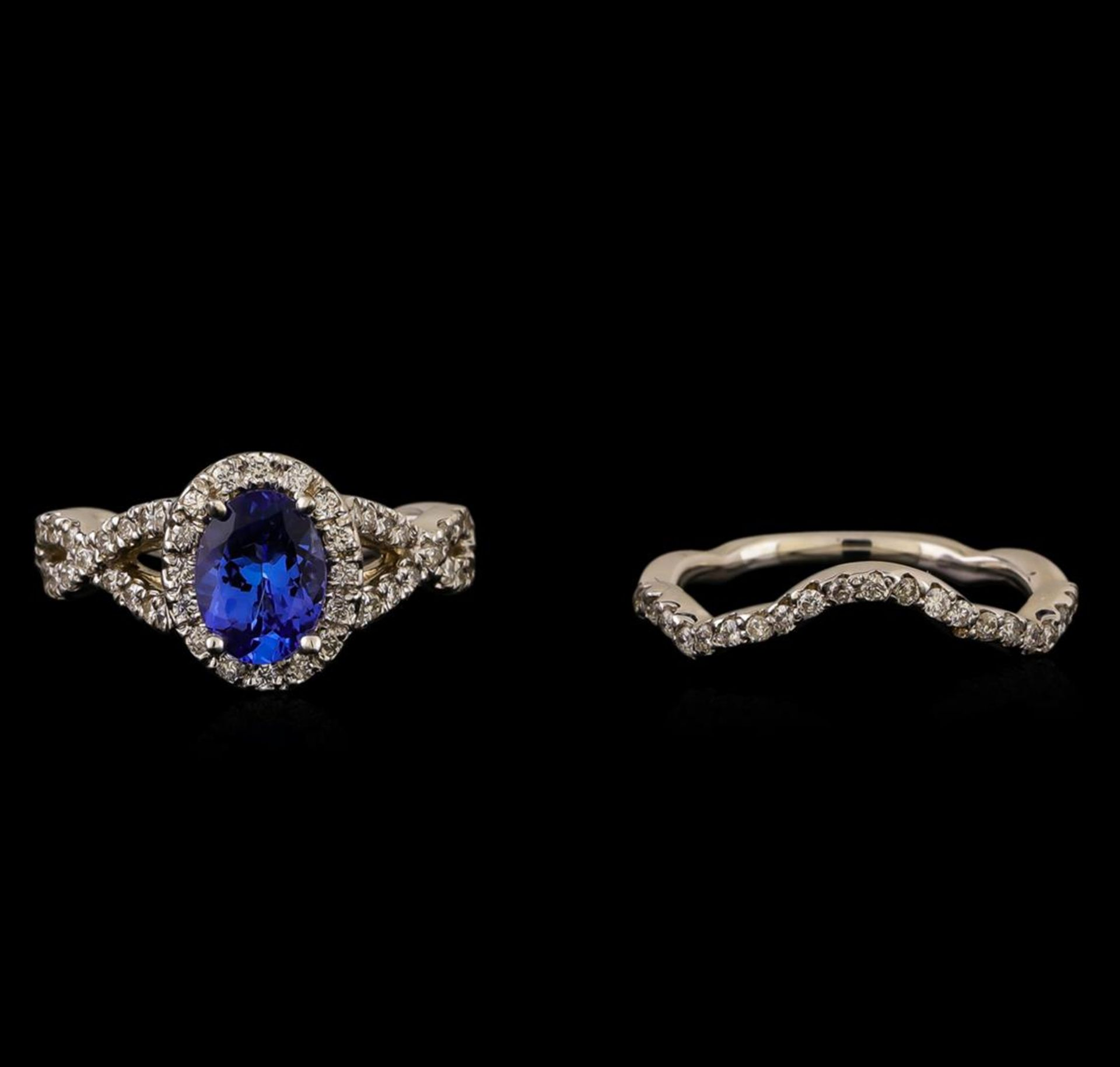 14KT White Gold 1.44 ctw Tanzanite and Diamond Ring - Image 2 of 4