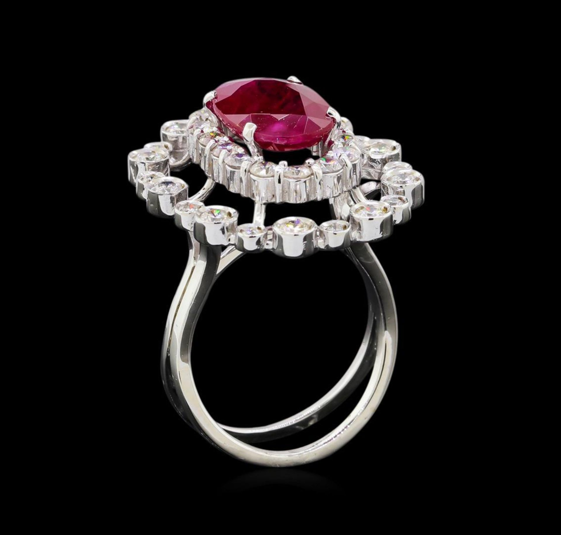 GIA Cert 4.22 ctw Ruby and Diamond Ring - 14KT White Gold - Image 4 of 6