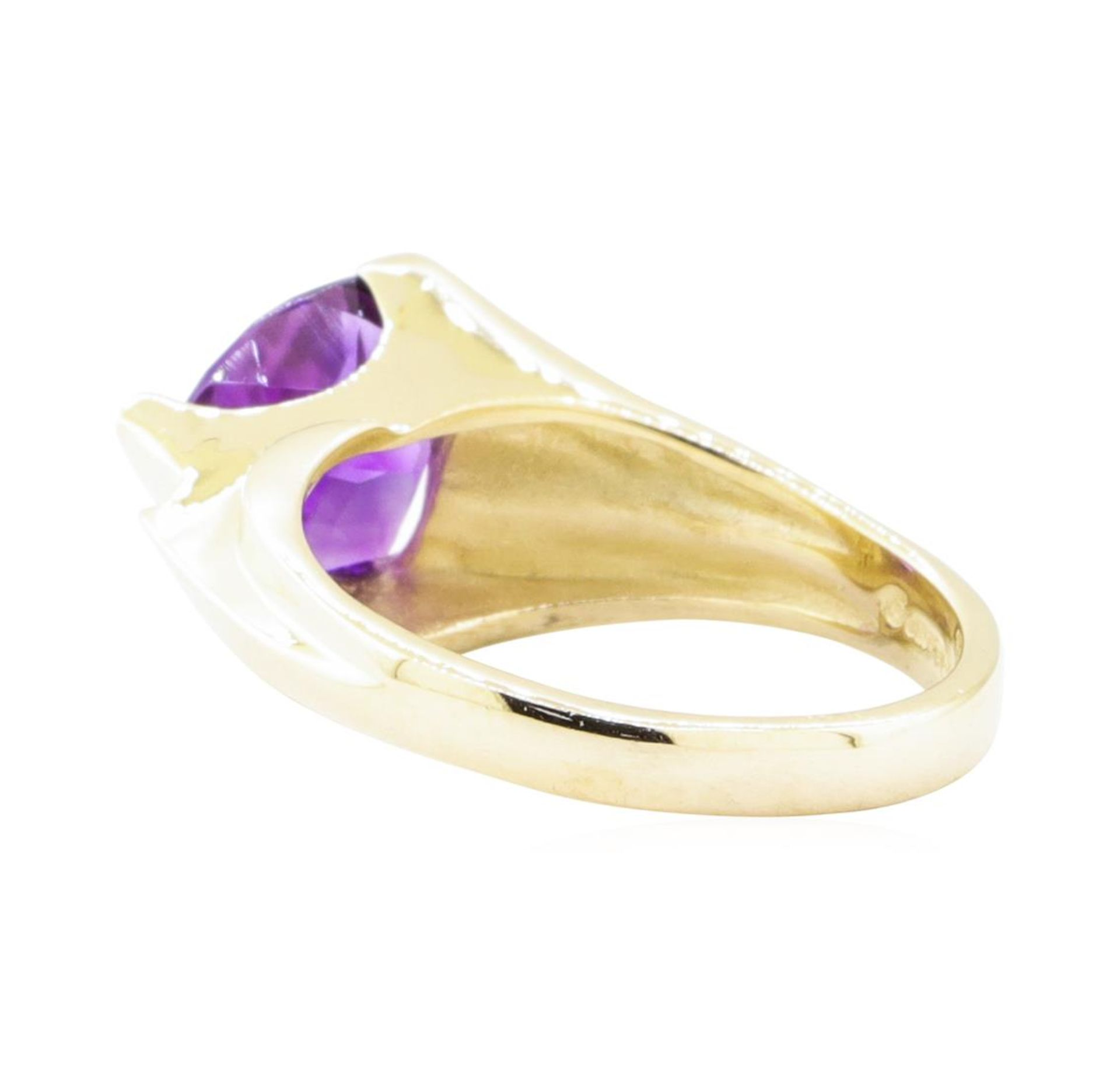 1.70 ctw Amethyst and Diamond Ring - 14KT Yellow Gold - Image 3 of 4