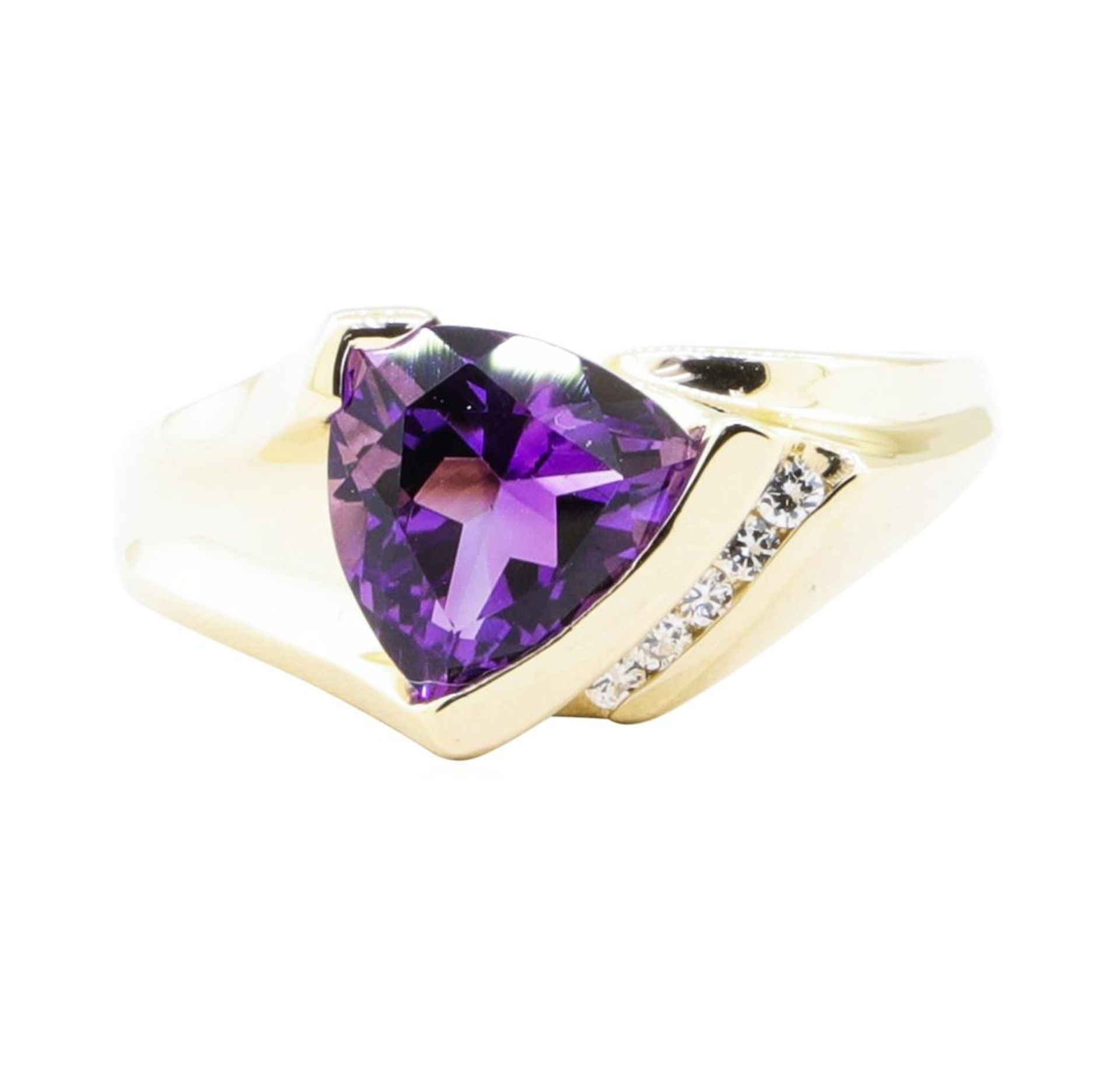 1.70 ctw Amethyst and Diamond Ring - 14KT Yellow Gold - Image 2 of 4