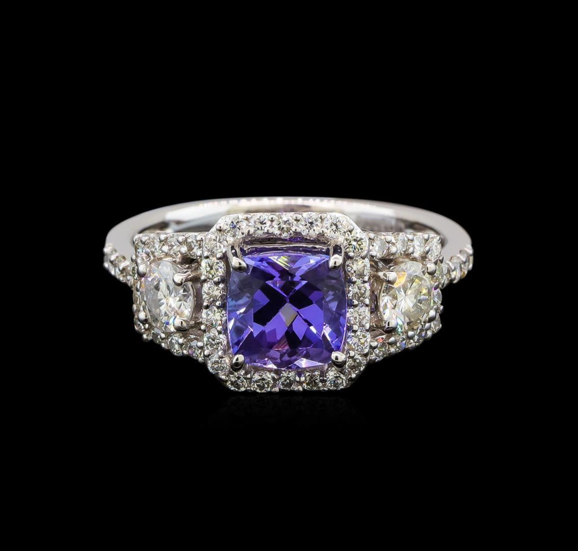 18KT White Gold 1.41 ctw Tanzanite and Diamond Ring - Image 2 of 5