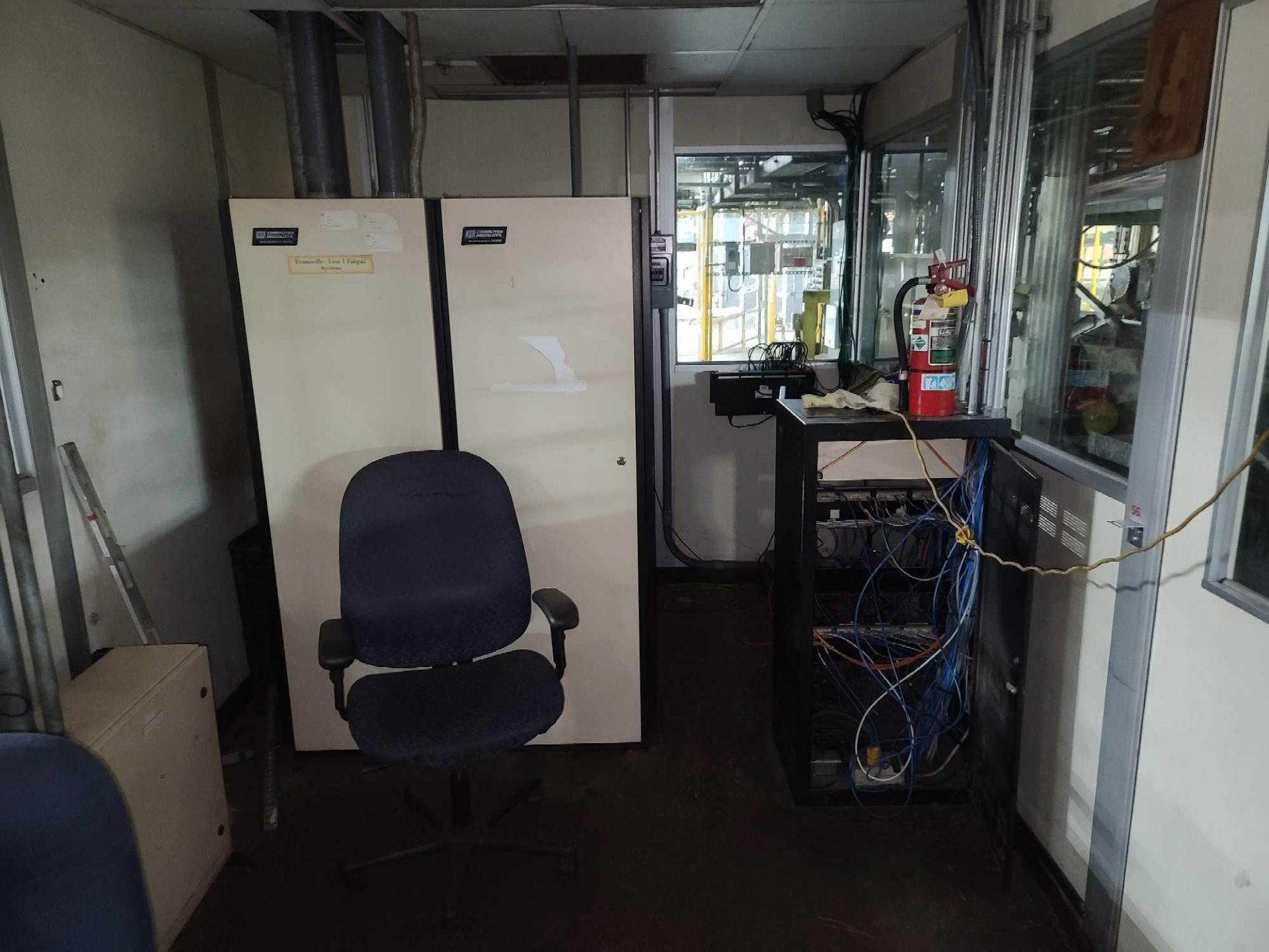 Prefabricated Office with Contents - Image 6 of 6