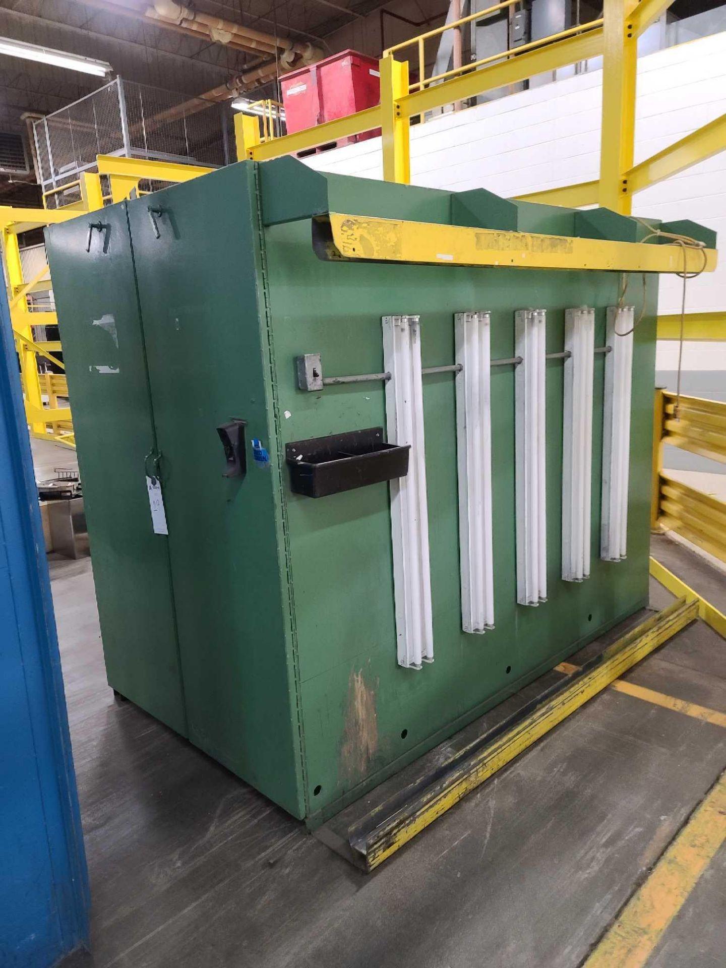 Storage Cabinet - Image 3 of 4