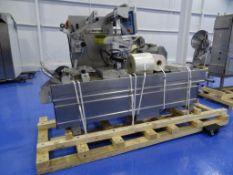 Multivac R140 HFFS Rollstock Thermoformer