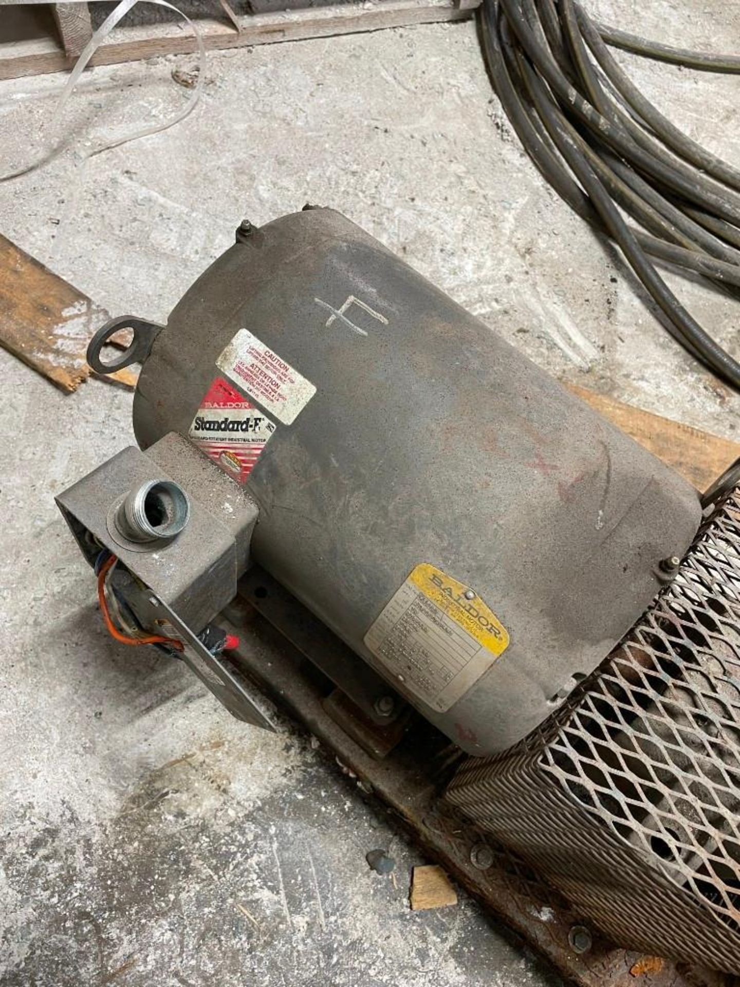 Peerless Pump with 10 Horsepower Baldor Motor - Image 4 of 6