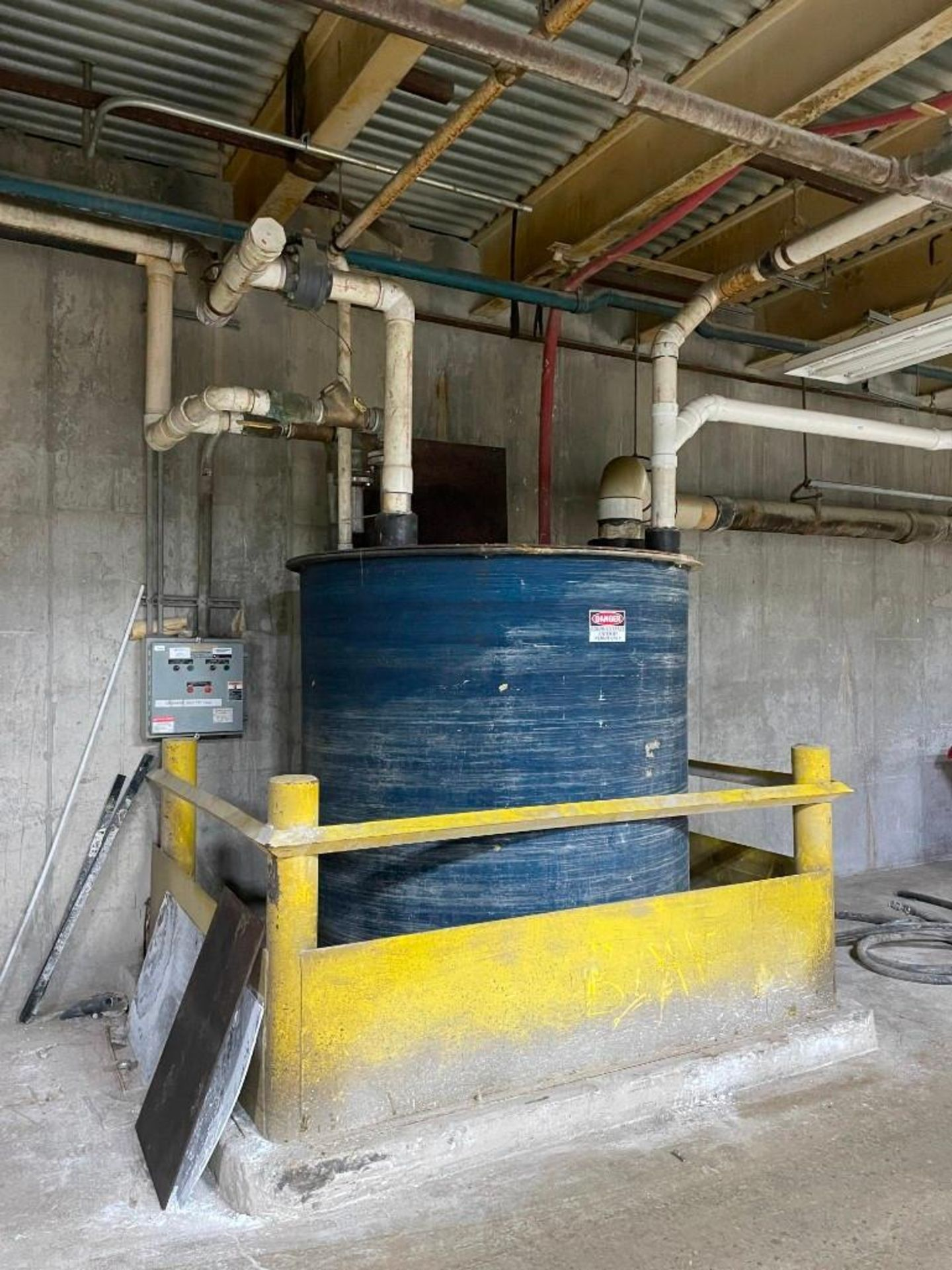 Bell and Gossett Water Tank 1300 Gallons
