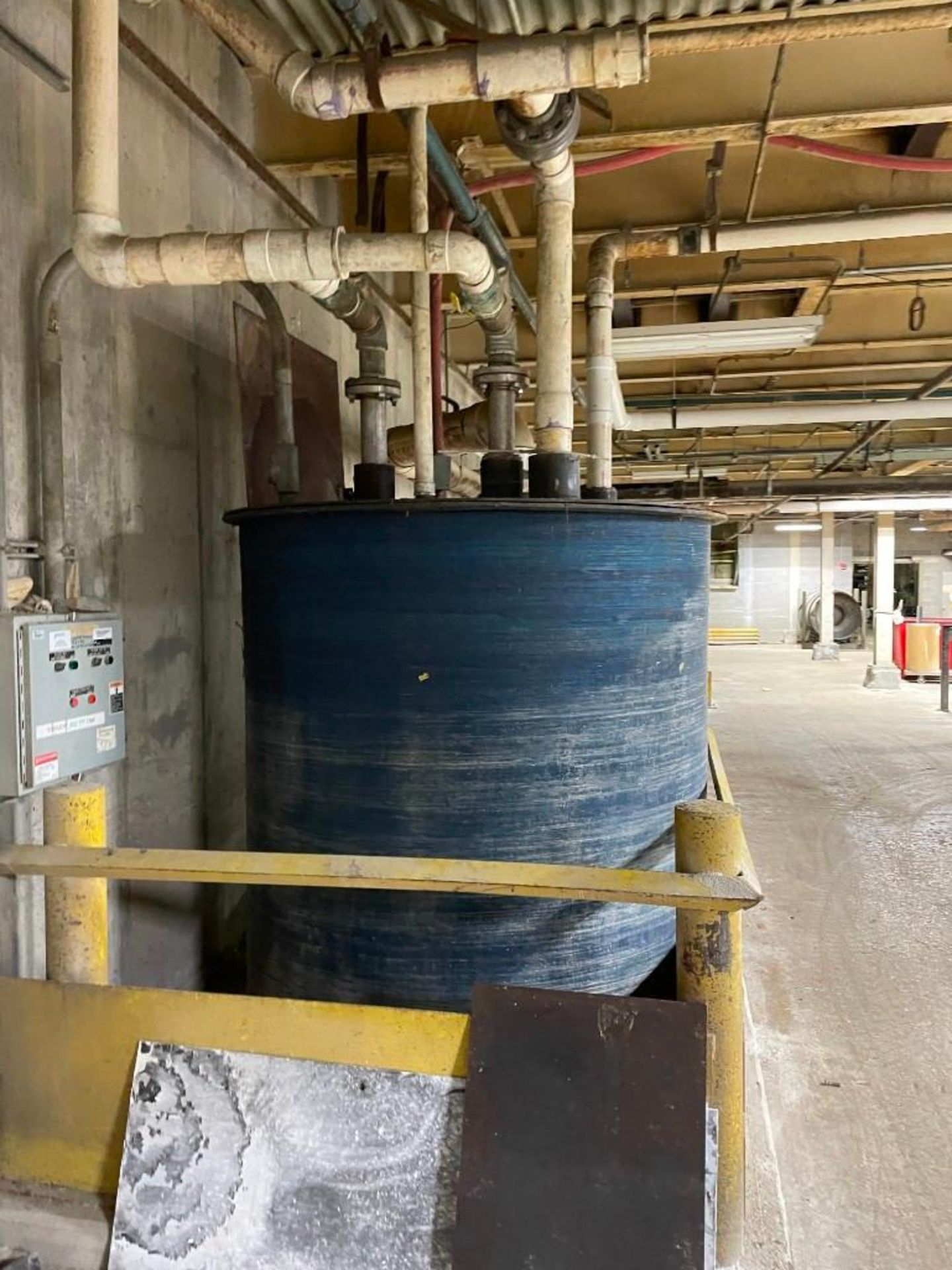Bell and Gossett Water Tank 1300 Gallons - Image 6 of 8