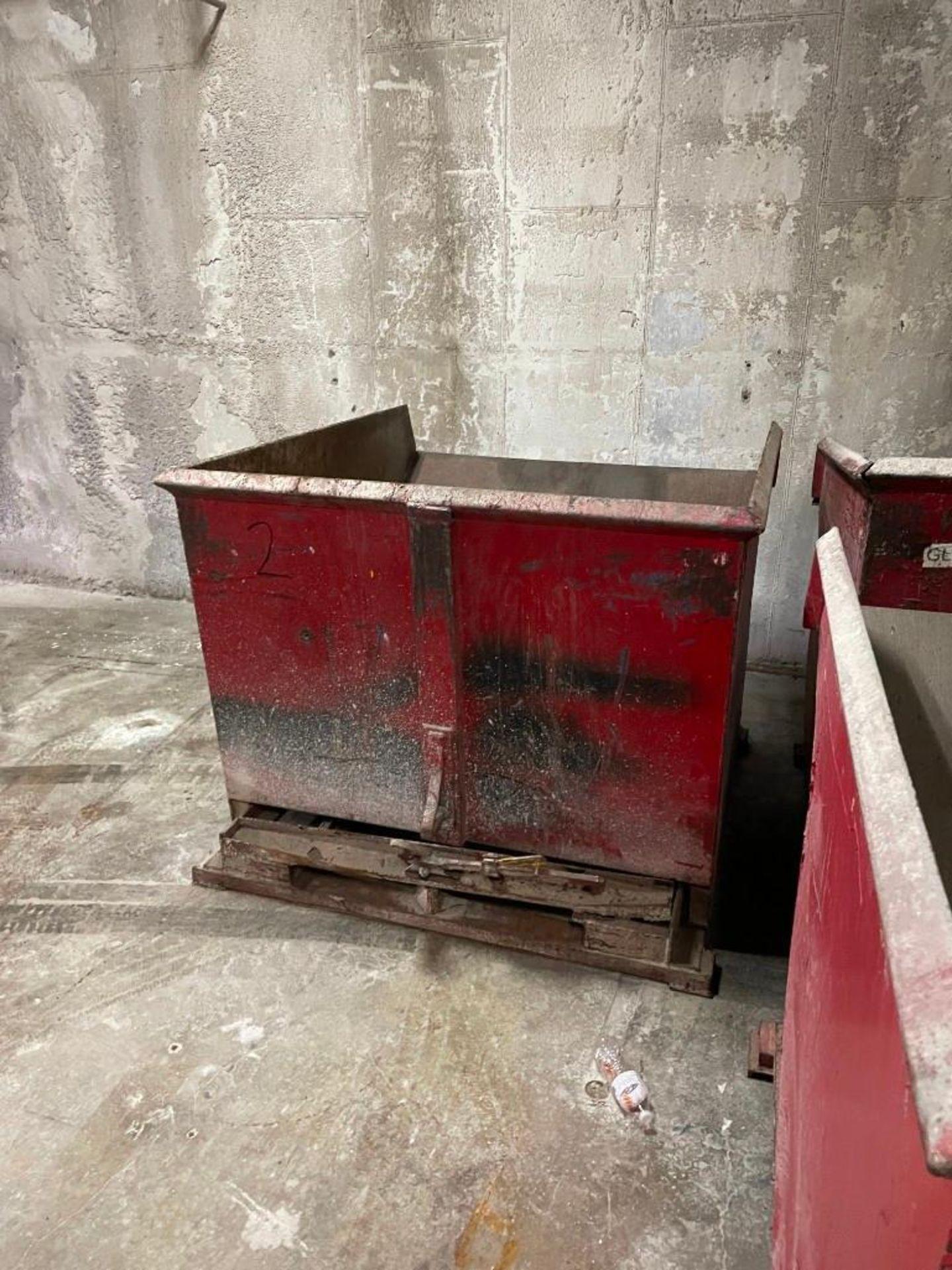 Red Self-Dumping Hopper 95 Cubic Feet - Image 3 of 4