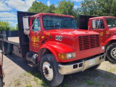 2001 International 40S Flat Bed Truck Vin# 1HTSCAAN91H348370 (Not Running nor Roadworthy)