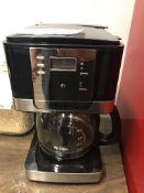 LOT OF: MR. COFFEE COFFEE MACHINE, 12 CUP AND MASON JAR