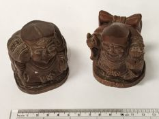 PAIR CARVED WOODEN FIGURES 8CM HIGH, 8CM WIDE - APPROX 200 GRAMS