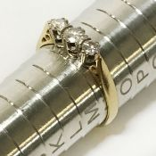 18CT GOLD DIAMOND TRILOGY RING - RING SIZE 'M'