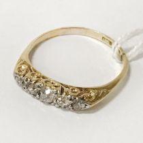 18CT 5 STONE DIAMOND RING - SIZE S