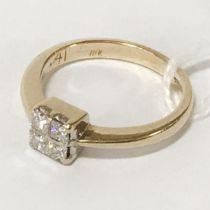 18CT GOLD 4 STONE DIAMOND RING - SIZE N/O