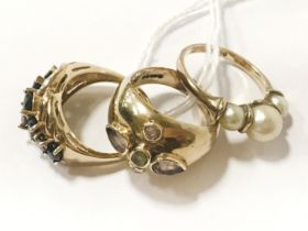 3 9CT GOLD DRESS RINGS - SIZES M & N