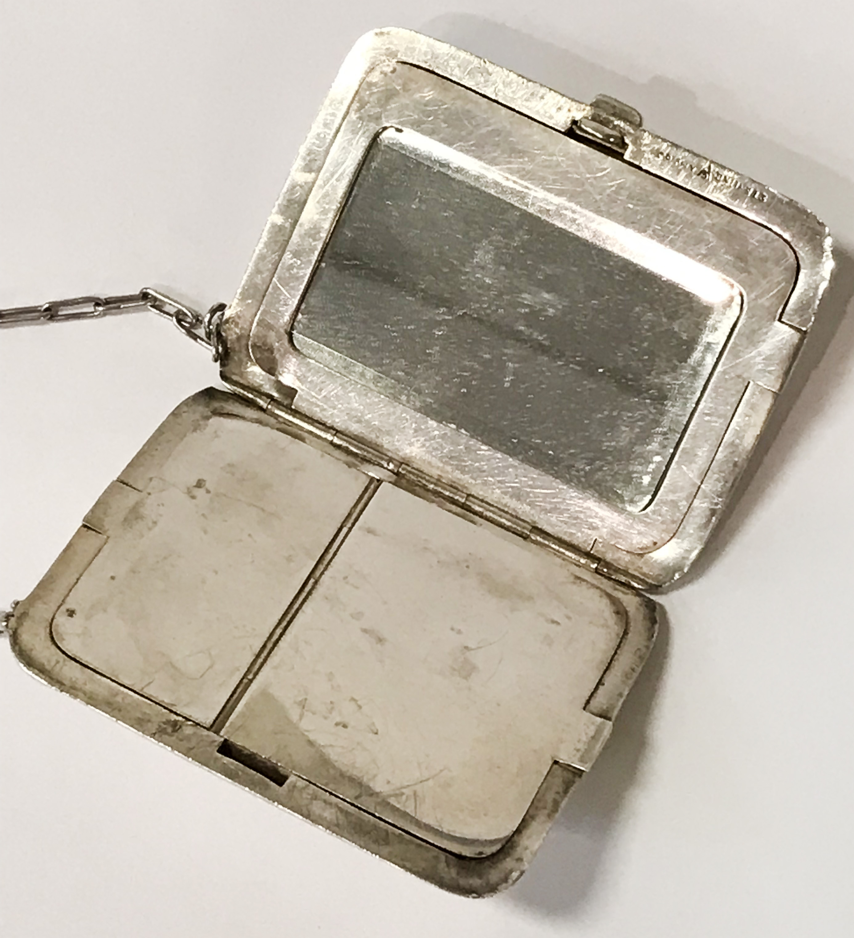 HM SILVER & GOLD INLAID COMPACT - 9CMS X 6.5CMS - Image 4 of 7