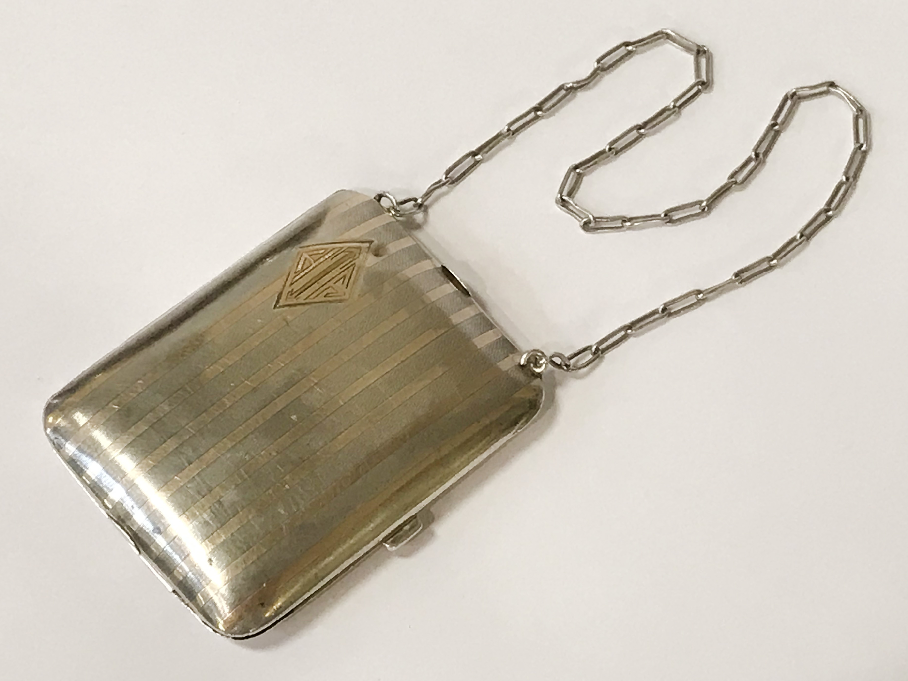 HM SILVER & GOLD INLAID COMPACT - 9CMS X 6.5CMS