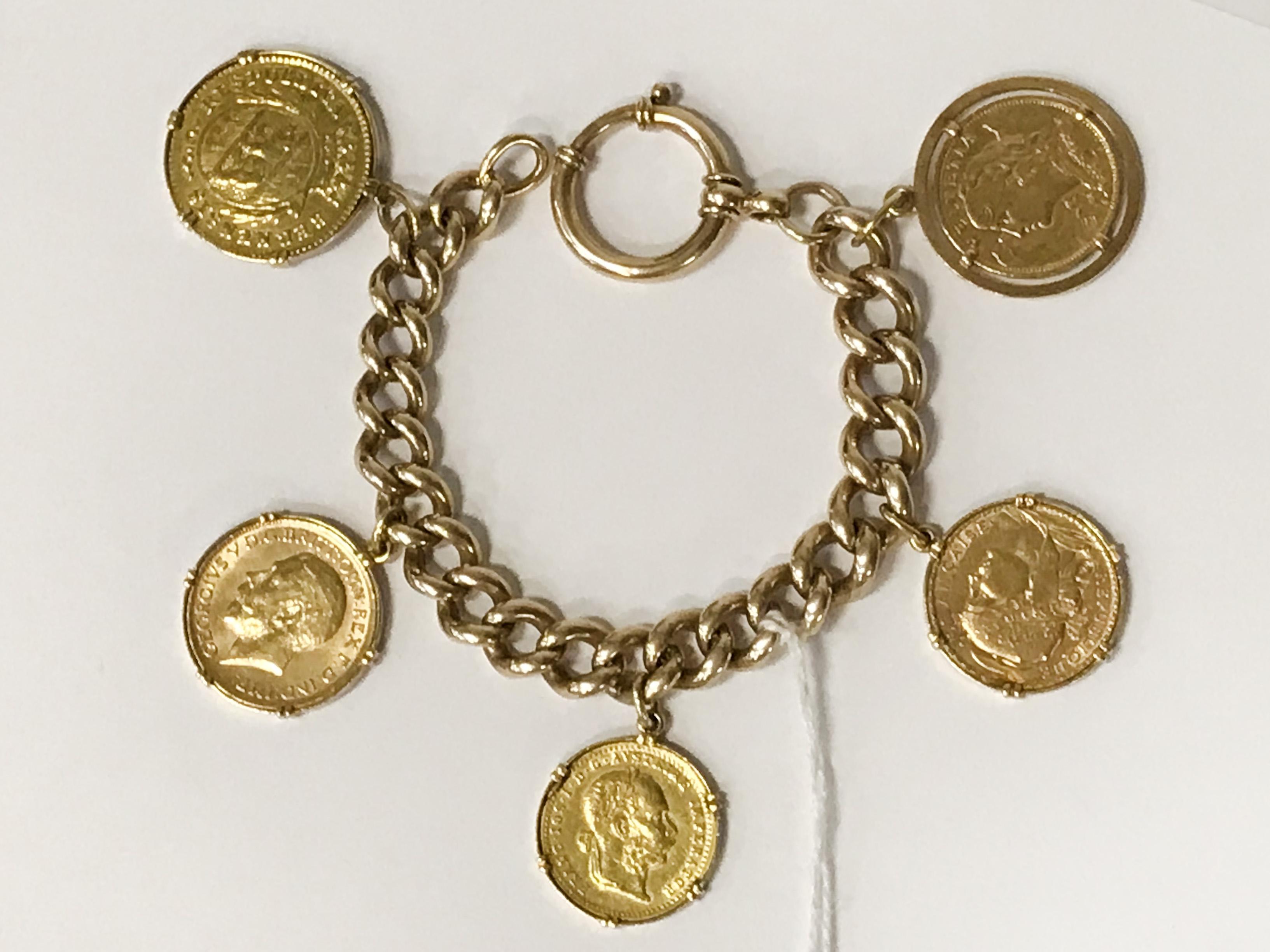 VINTAGE MULTO GOLD COINS BRACELET - 2 X 20 SWISS FRANC COINS, 1 AUSTRIAN DUCAT, 1 FULL SOVEREIGN,
