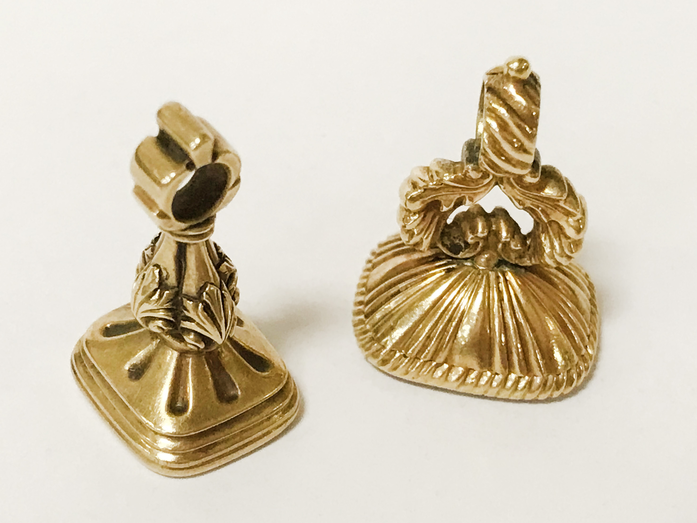 TWO VICTORIAN GEMSTONE SEALS - Image 2 of 2