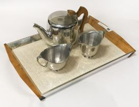 PICQUOTWARE TEA SET
