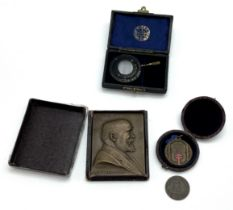 SELECTION OF VARIOUS MEDICAL EPHEMERA INCLUDING BRONZE PLAQUE, MEDAL