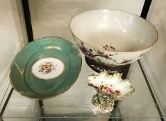 ORIENTAL BOWL (SLIGHT CRACK) WITH T.GOODE DISH & AN EARLY COALPORT SHELL COMPORT