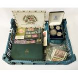 SELECTION OF VINTAGE COINS, COMMEMORATIVE COINS INCL. SILVER MORGAN DOLLAR 1885,1922 & OTHER