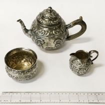 MID VICTORIAN 3 PIECE HM SILVER TEASET - APPROX 20 OZS