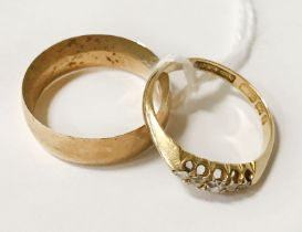 TWO 18CT GOLD RINGS (ONE INCLUDES DIAMONDS) - RING SIZES K / L