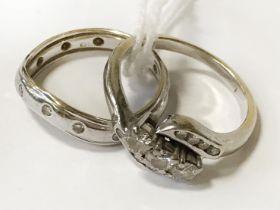 18CT WHITE GOLD & DIAMOND RING - SIZE J