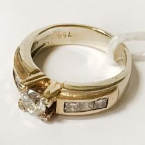 18 CT. YELLOW & WHITE GOLD WEDDING / DRESS RING SIZE J SET WITH A 1/2 CARAT CENTRE DIAMOND WITH 6