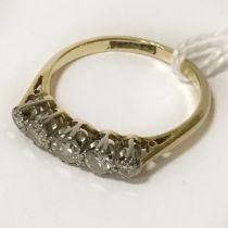 FIVE STONE DIAMOND & 18CT YELLOW GOLD RING - SIZE M