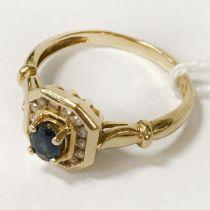18 CT. GOLD DIAMOND & BLUE SAPPHIRE RING - SIZE L