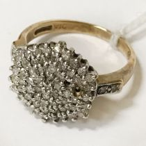 9CT GOLD DIAMOND CLUSTER RING SIZE M