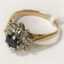 18CT GOLD SAPPHIRE & DIAMOND RING - SIZE J
