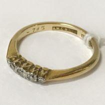 18CT, PLATINUM & 5 STONE DIAMOND RING - SIZE N