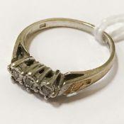 9CT GOLD DIAMOND TRILOGY RING - SIZE I