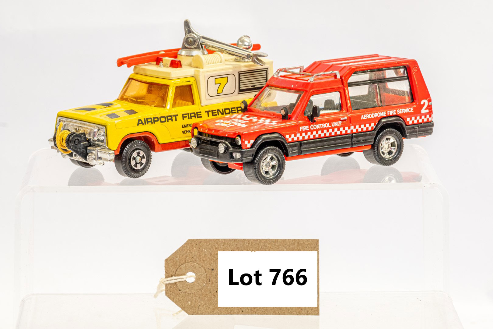 Matchbox 2 Assorted Loose Models