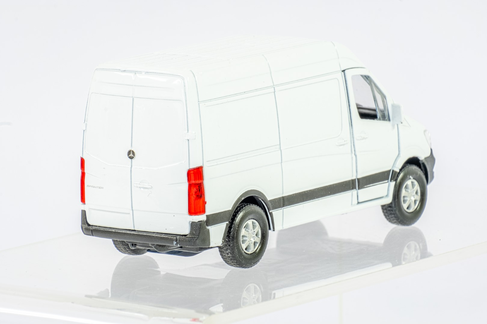 4 x Assorted Loose Car Models - Image 9 of 9
