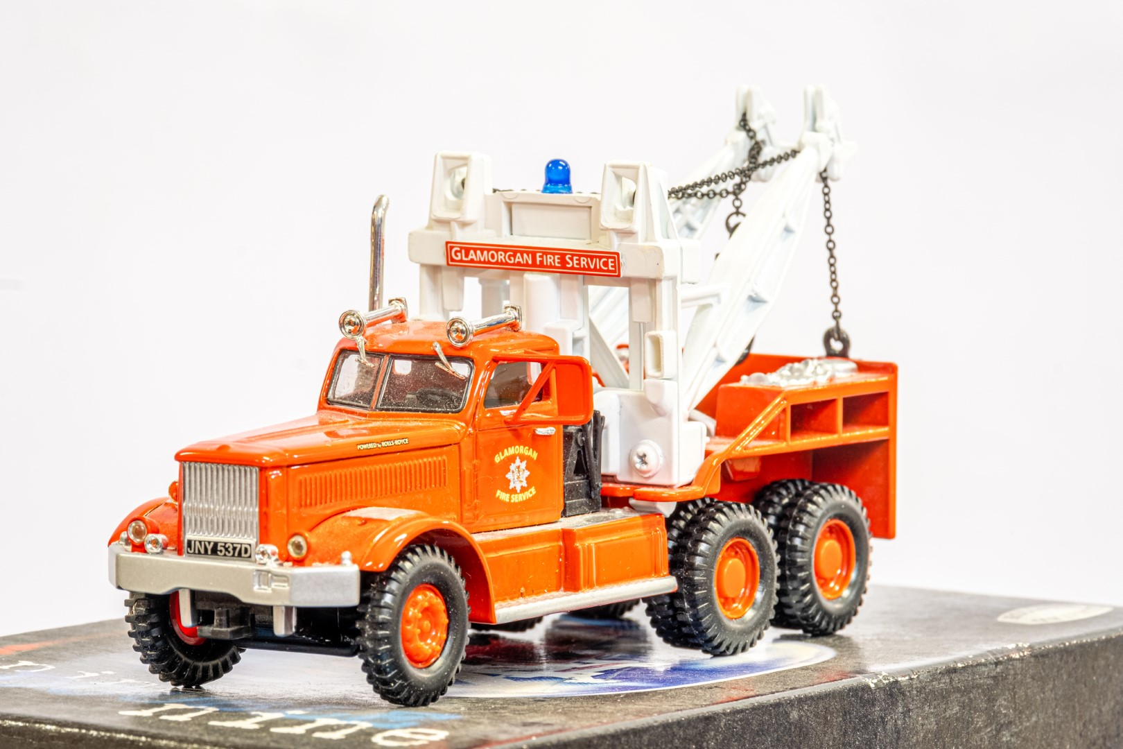 Corgi Diamond T Wrecker - Galmorgan Fire Service - Image 5 of 6
