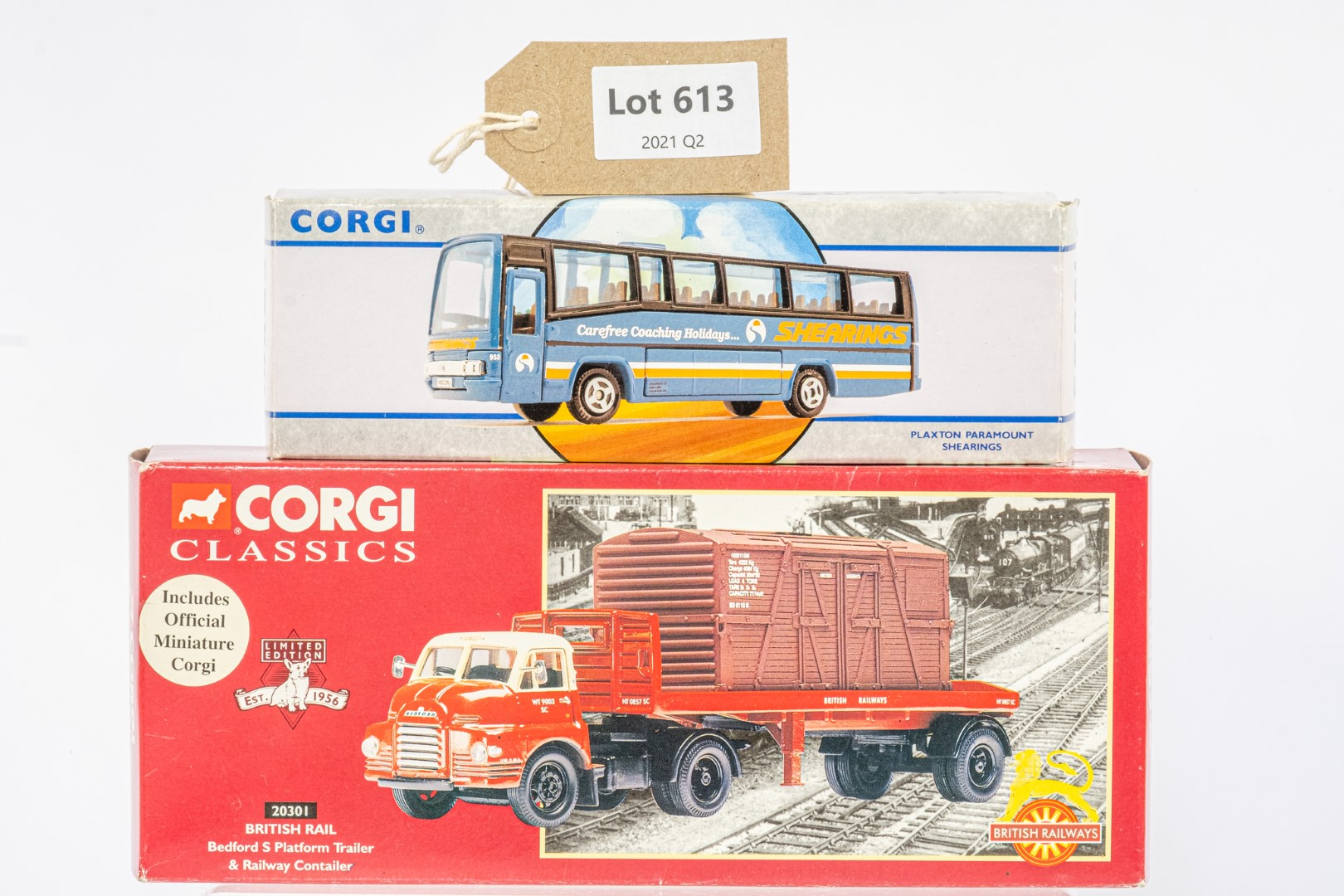 Corgi Bedford S Platform Trailer & Railway Contailer - British Rail / Plaxton Paramount - Shearings