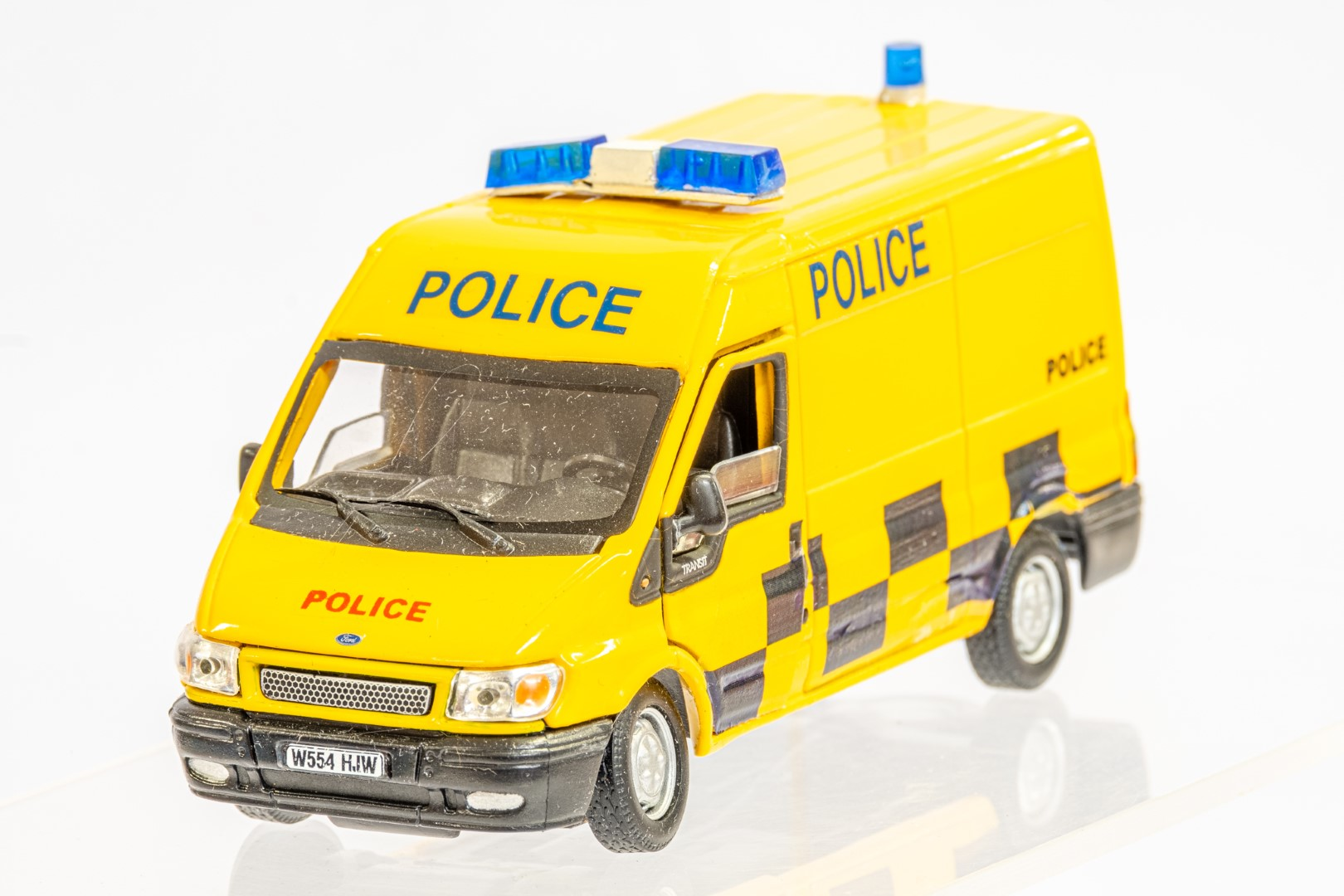 Richmon Toys Ford Transit Police Van - The Bill - Image 4 of 7