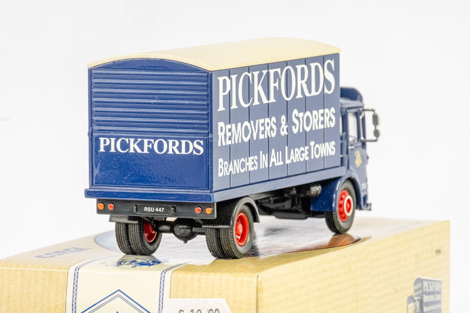 Corgi AEC Truck - Pickfords - - Image 3 of 3