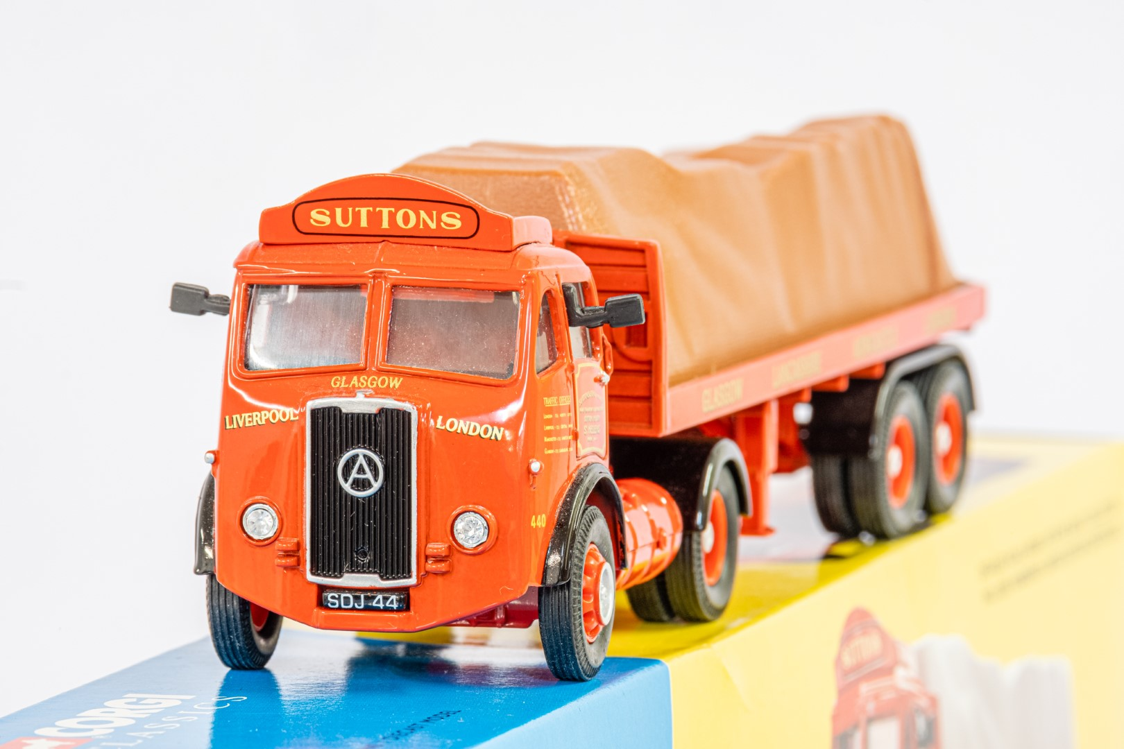 Corgi Atkinson Tractor Unit With Flatbed Trailer - Suttons Of ST Helens - - Image 2 of 2
