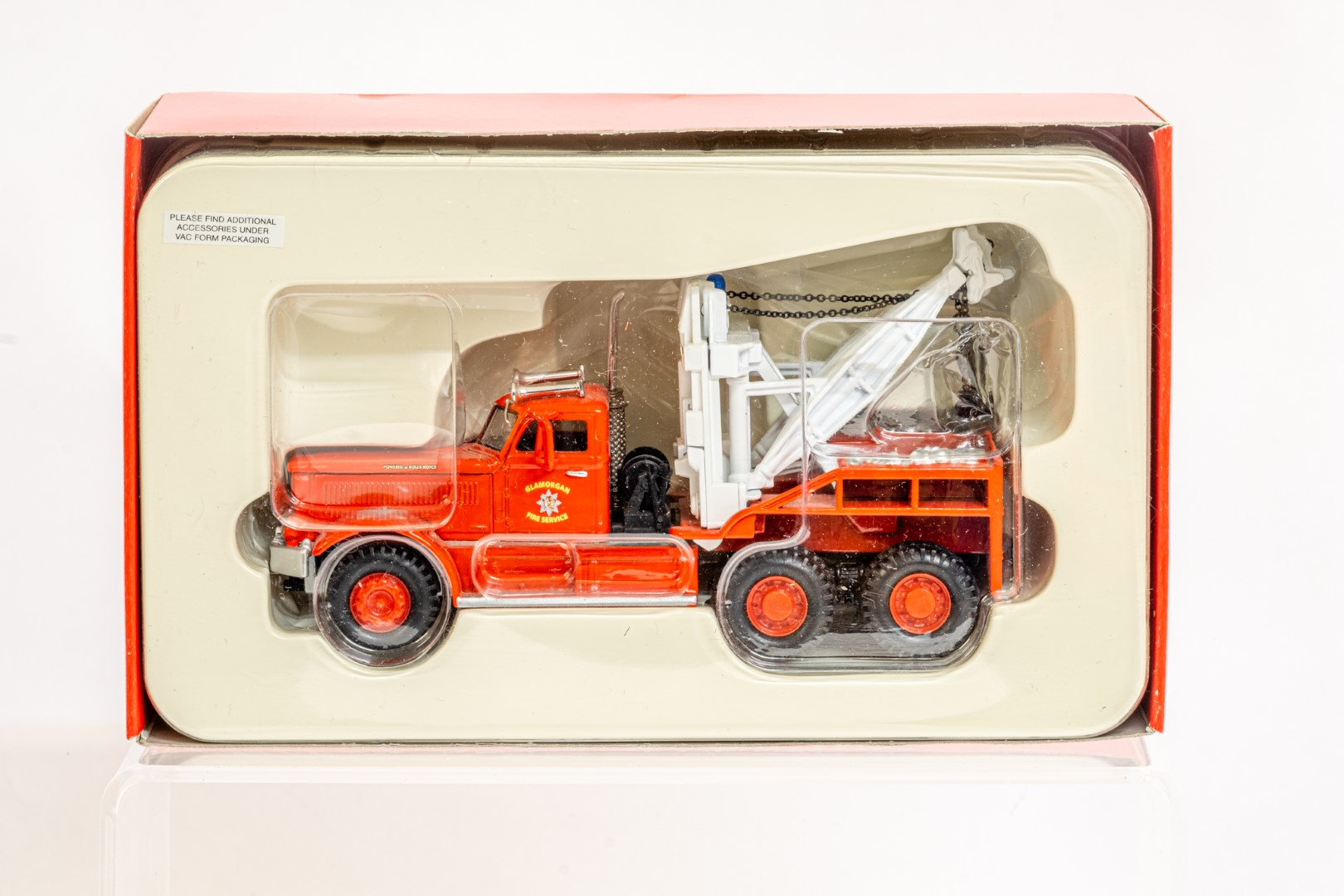 Corgi Diamond T Wrecker - Galmorgan Fire Service - Image 2 of 6