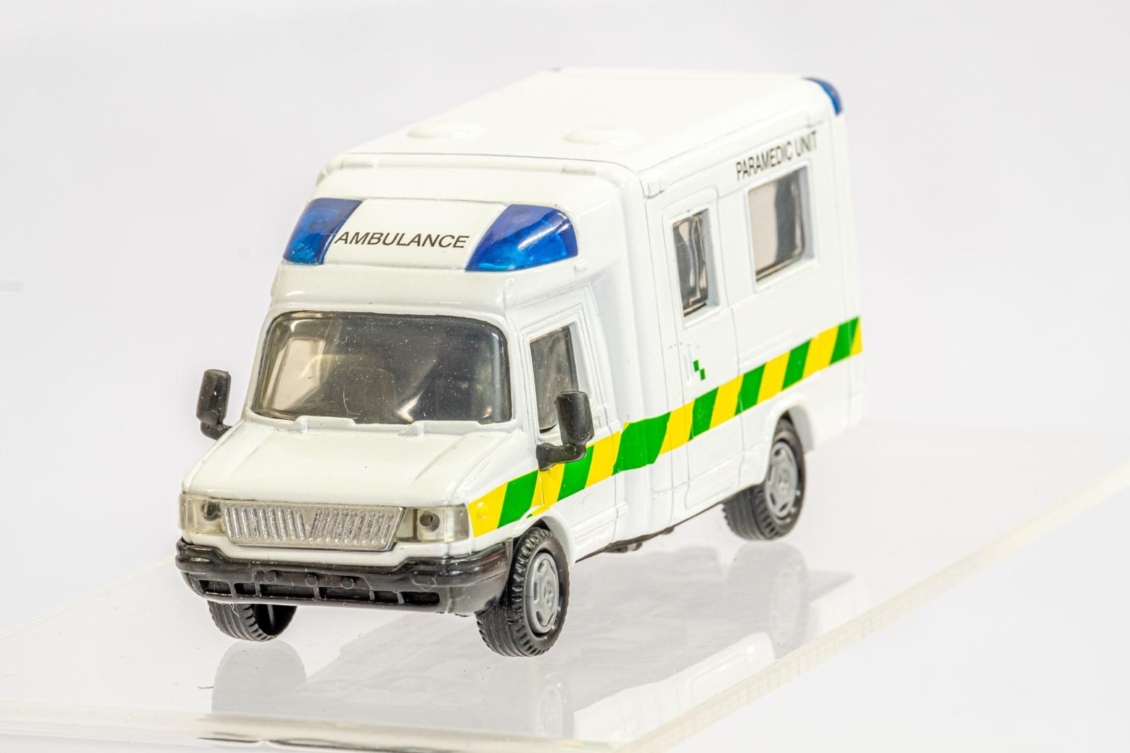4 x Assorted Ambulance - Image 8 of 9