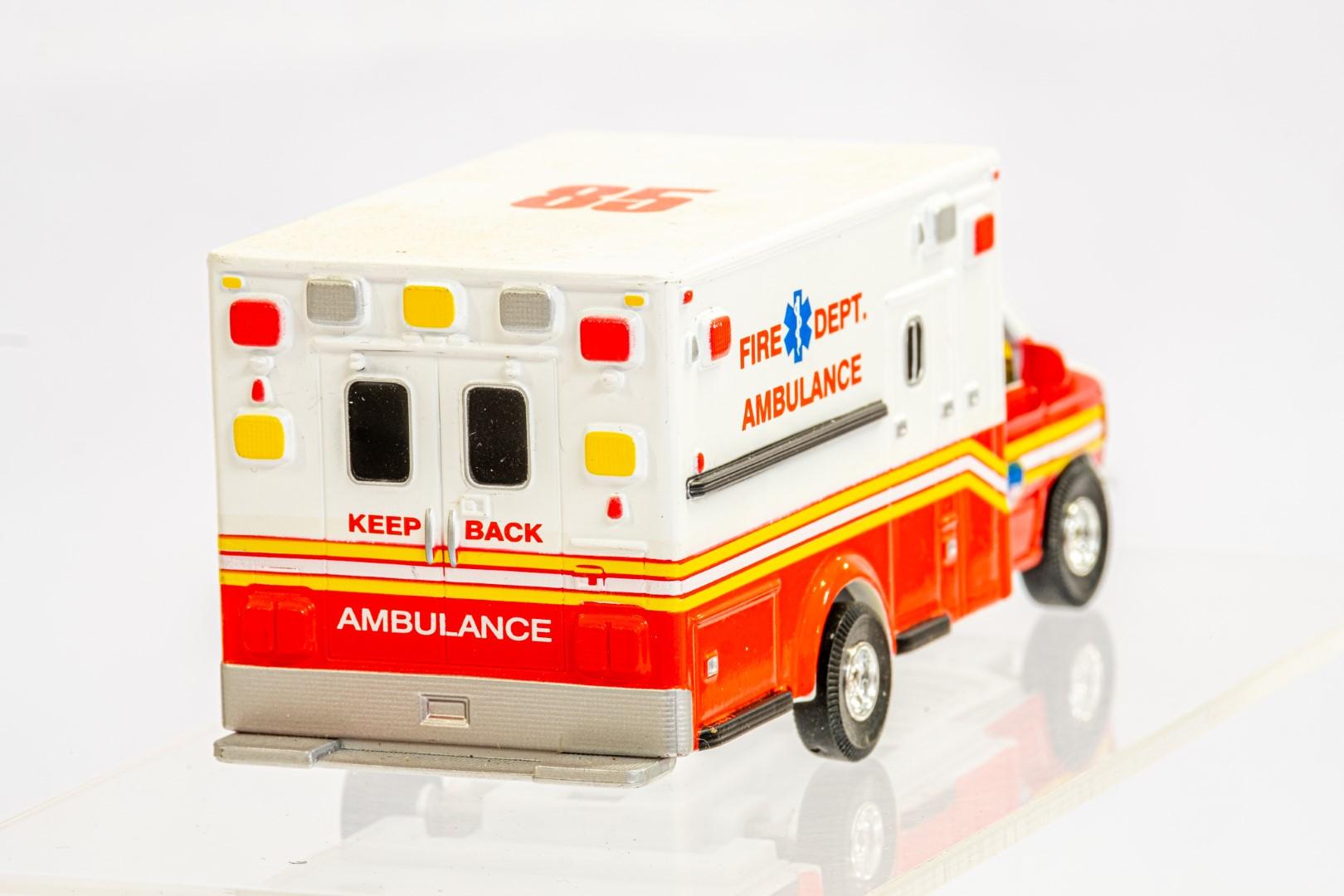 4 x Assorted Ambulance - Image 5 of 9