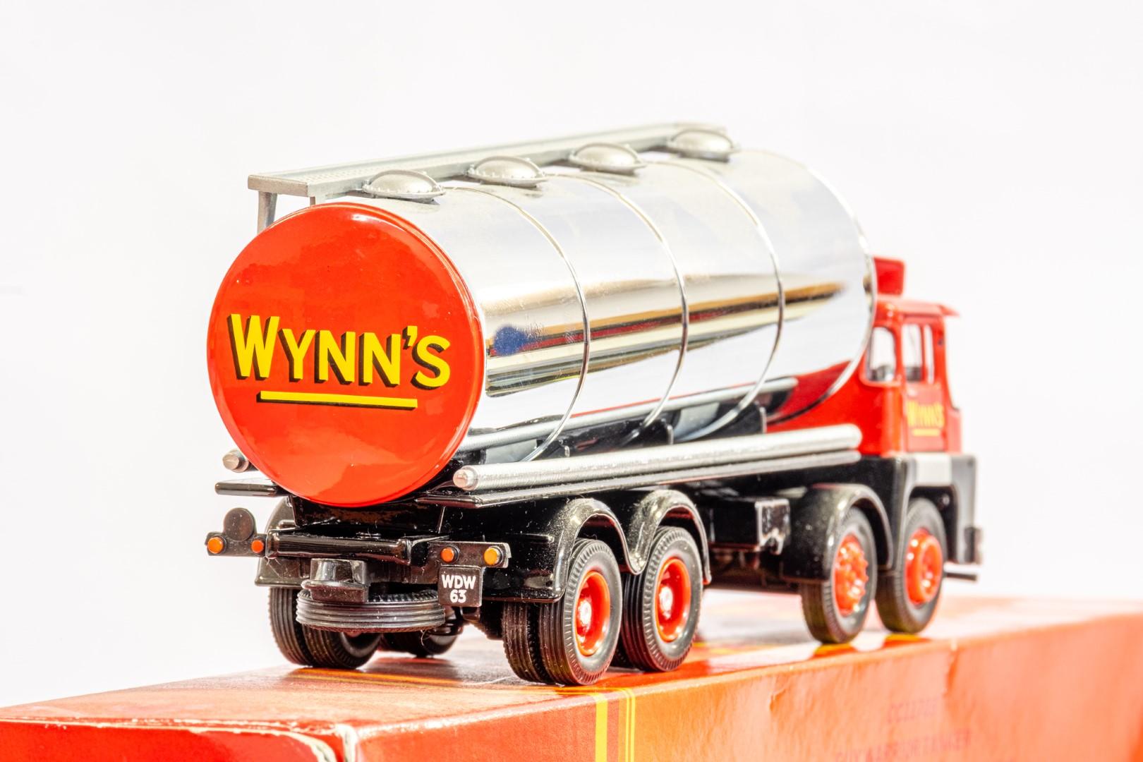 Corgi Guy Warrior Tanker - Wynns Heavy Haulage - Image 7 of 8